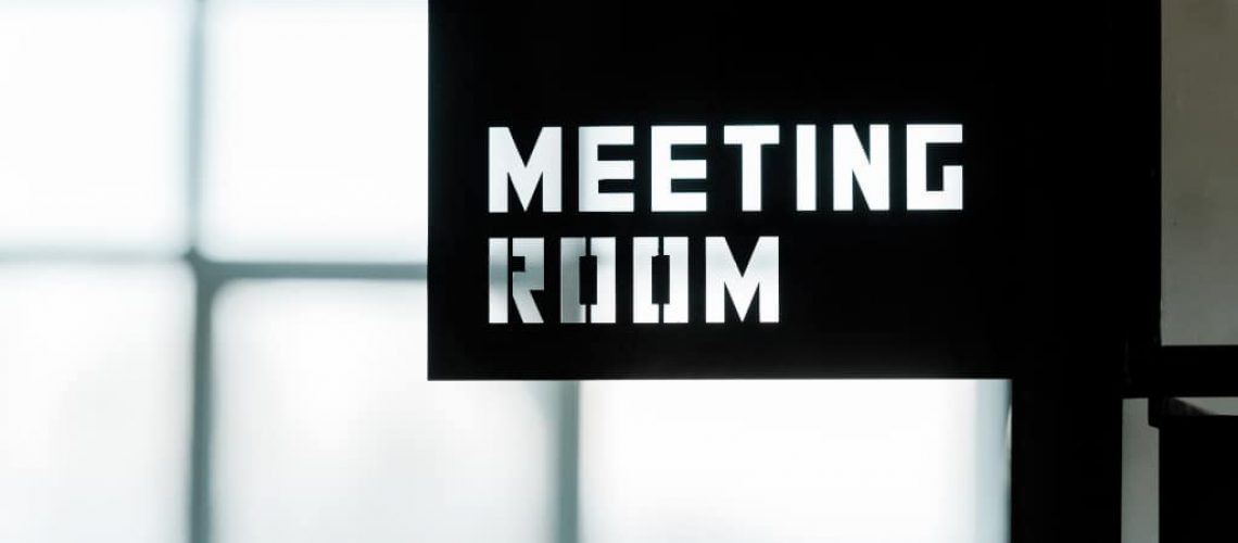 the-positive-impact-of-modern-meeting-room-features-on-collaboration